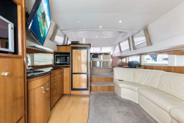 42-carver-meridian-private-yachts-chicago (1)