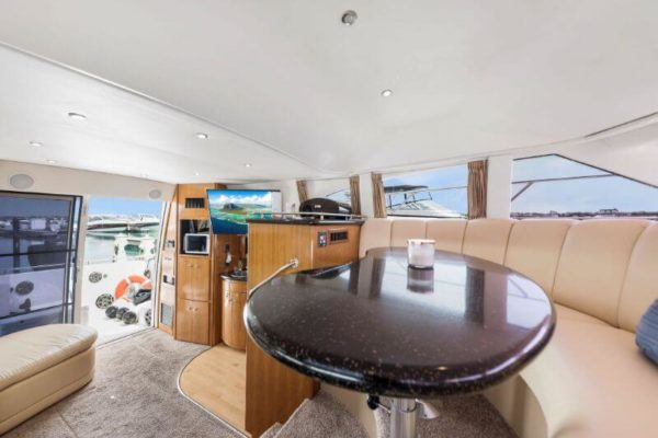 42-carver-meridian-private-yachts-chicago (2)