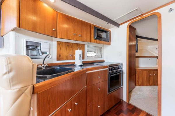 carver-yach-for-rent-chicago (1)
